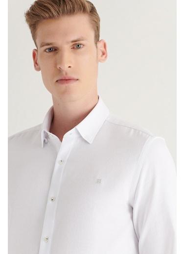 Avva AVVA Erkek Beyaz Armürlü Alttan Britli Yaka Slim Fit Gömlek A11Y2064 Beyaz